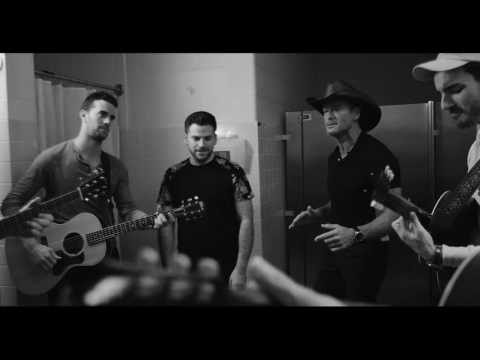 "Backstage at Soul2Soul: Tim McGraw and The Shadowboxers cover Leo Sayer ""More Than I Can Say"