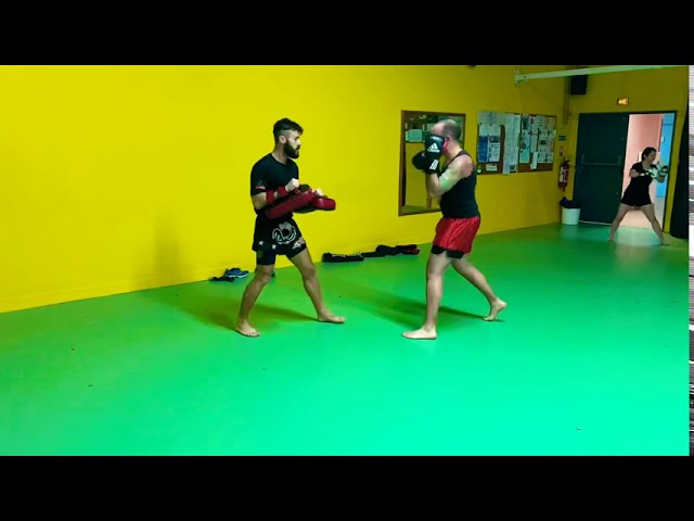 Muay thaï training for beginners. Pad work. Everyone welcome 🙏🏽