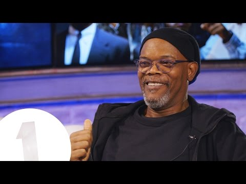 Samuel L. Jackson on his Jurassic Park death (and how to be a Star Wars Badass) | STRONG LANGUAGE