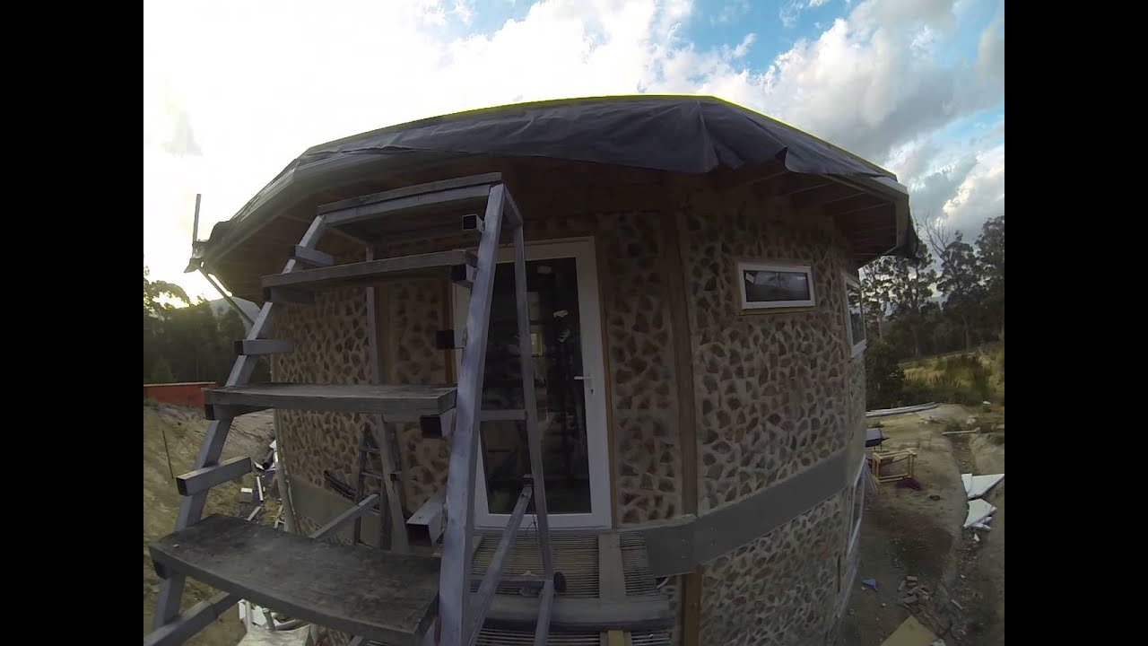 Round cordwood house plans home design and style for Round home design