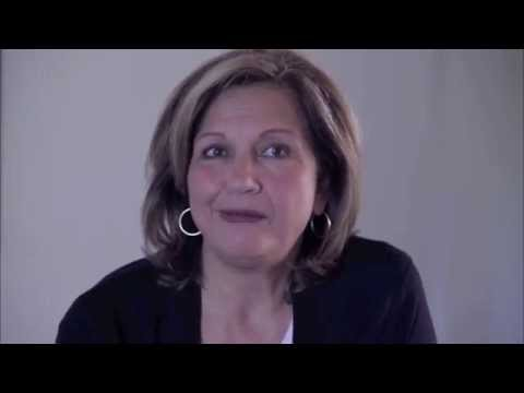 Vidéo Laurence Wajntreter | Voix Documentaire Société - voice-over femme mûre