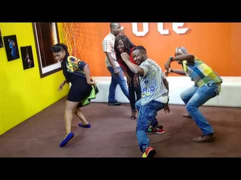 MC Galaxy Learning Ferrari Dance from Yemi Alade