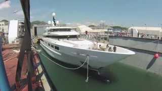 От закладки до спуска на воду: супер-яхта Suerte от Tankoa (timelapse видео)(Ускоренное видео показывает процесс постройки 69,3-метровой моторной яхты Suerte (Tankoa S693) на итальянской верфи..., 2015-09-09T16:33:01.000Z)