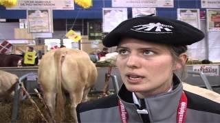 Mme Lamary, éleveuse  dans les Pyrénées Atlantiques (64) interviewée au Salon de l'Agriculture...