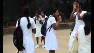 Repeat youtube video LANKAN SCHOOL GIRLS FUN - WWW.VISHVAYA.COM