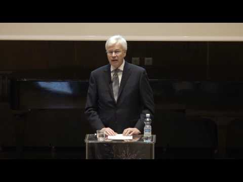 Nobel Laureate Bengt Holmstrom economics lecture at Aalto University 2016-11-30