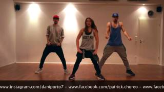 Gambar cover Zumba - Moviendo Caderas by Daniela Magalhaes