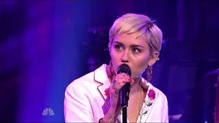 Miley Cyrus - 50 ways to leave your lover (SNL)