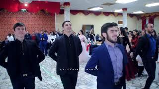 Четкие танцоры Абреки зажигают под мелодию Науркана