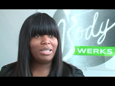 Meet the South Side woman who paid for hotel rooms for Chicago`s homeless Mp3
