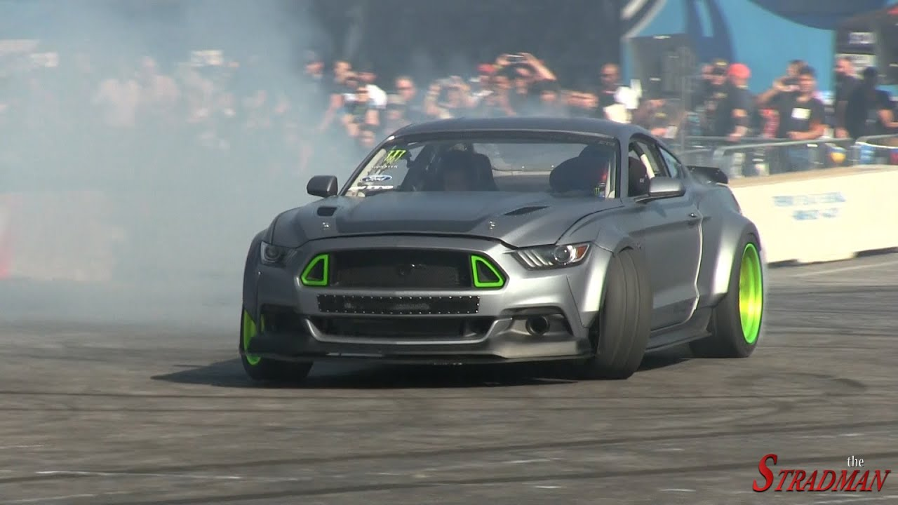 2015 Mustang Rtr >> Drifting Battle Ford Mustang Rtr Spec 5 Concept Vs 2015 Ford Mustang Rtr Spec 2 Sema 2014