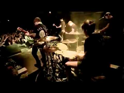 Bring Me The Horizon - And The Snakes Start To Sing : LIVE from Leeds 02/04/2013