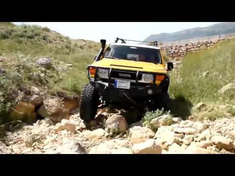Toyota FJ Cruiser - Extreme Rock Crawling