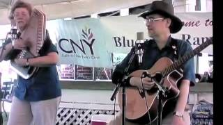 the Fuhrmans sing at Aug 2006 Bluegrass Picnic part 1