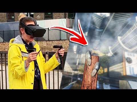 London Tourists Try Richies Plank Experience On Oculus Quest