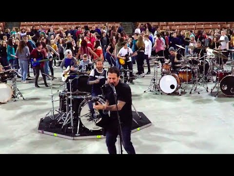 Godsmack Recorded With 400 Kids