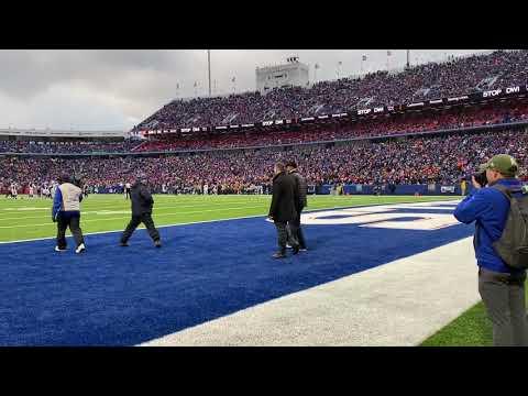 Deanna King - WATCH: David Bellavia Honored at Buffalo Bills Game