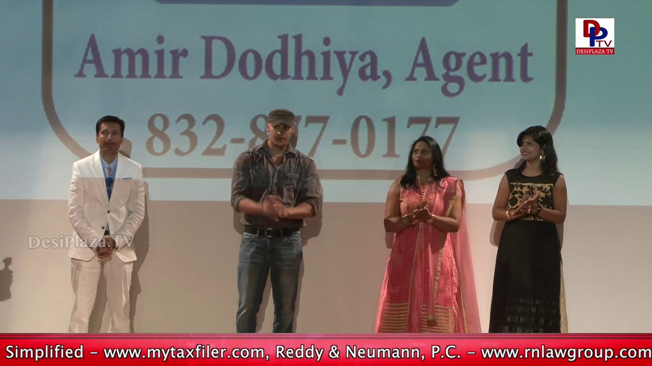 Trophy Presentation for the Kids Performances at Bollywood Pageant 2017 in Houston || DesiplazaTV