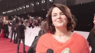 Red Carpet Interview mit Barbara Auer | GOLDENE KAMERA 2016