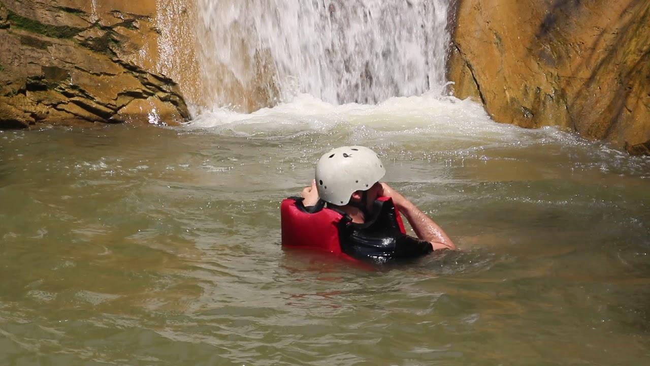 Jalbire Canyon Swimming