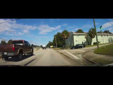 Driving through Bartow, Florida on US 17