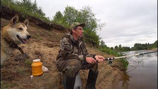 Первый летний поход на природу. Рыбалка на донку. 2/3 серия.