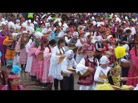 Kazakh Culture in Mongolia: 1000 Dombraist Kids