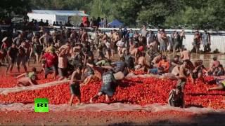 В Чили устроили «томатную войну»