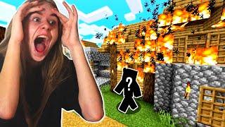TAJEMNICZA POSTAĆ ZNISZCZYŁA mi DOM w Minecraft!