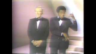 "Bing Crosby & Ben Vereen - ""Now You Has Jazz"""