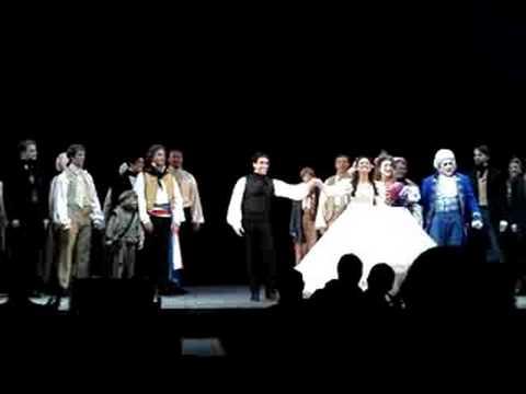 Les Miz @ The Hollywood BowlMarius & Cosette Curtain Call