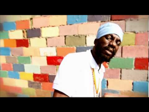 Sizzla - Love Jah & Live [Official HD Video]