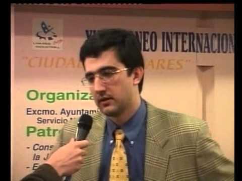 Echecs : Reportage exceptionnel au Linares 2000