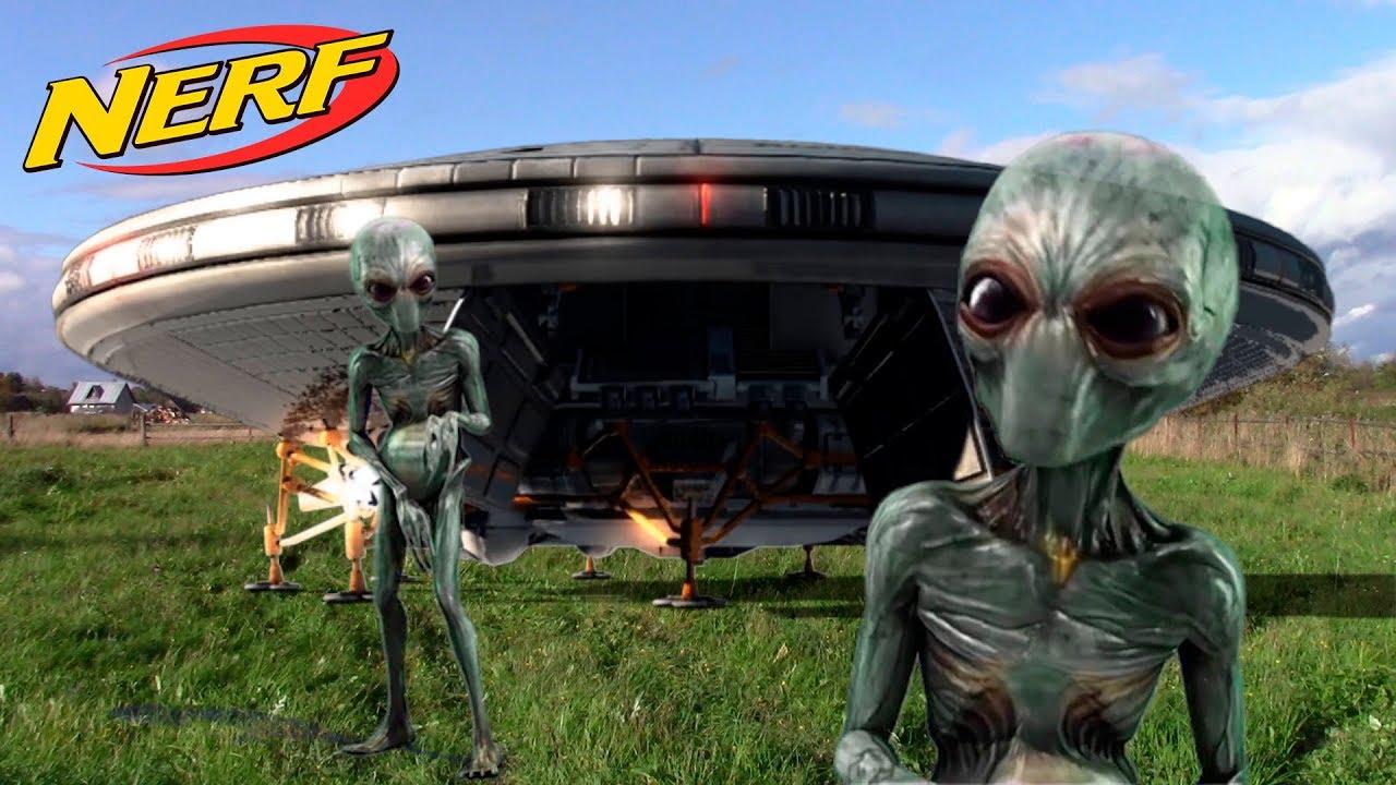 NERF WAR ALIEN INVASION UFO IN REAL LIFE НАПАДЕНИЕ ИНОПЛАНЕТЯН НЕРФ ВОЙНА на ВЫЖИВАНИЕ