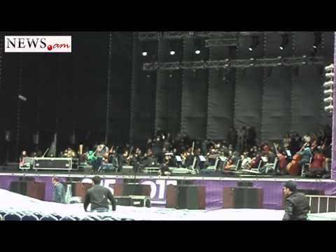 The World Symphony Orchestra's rehearsal in Republic Square