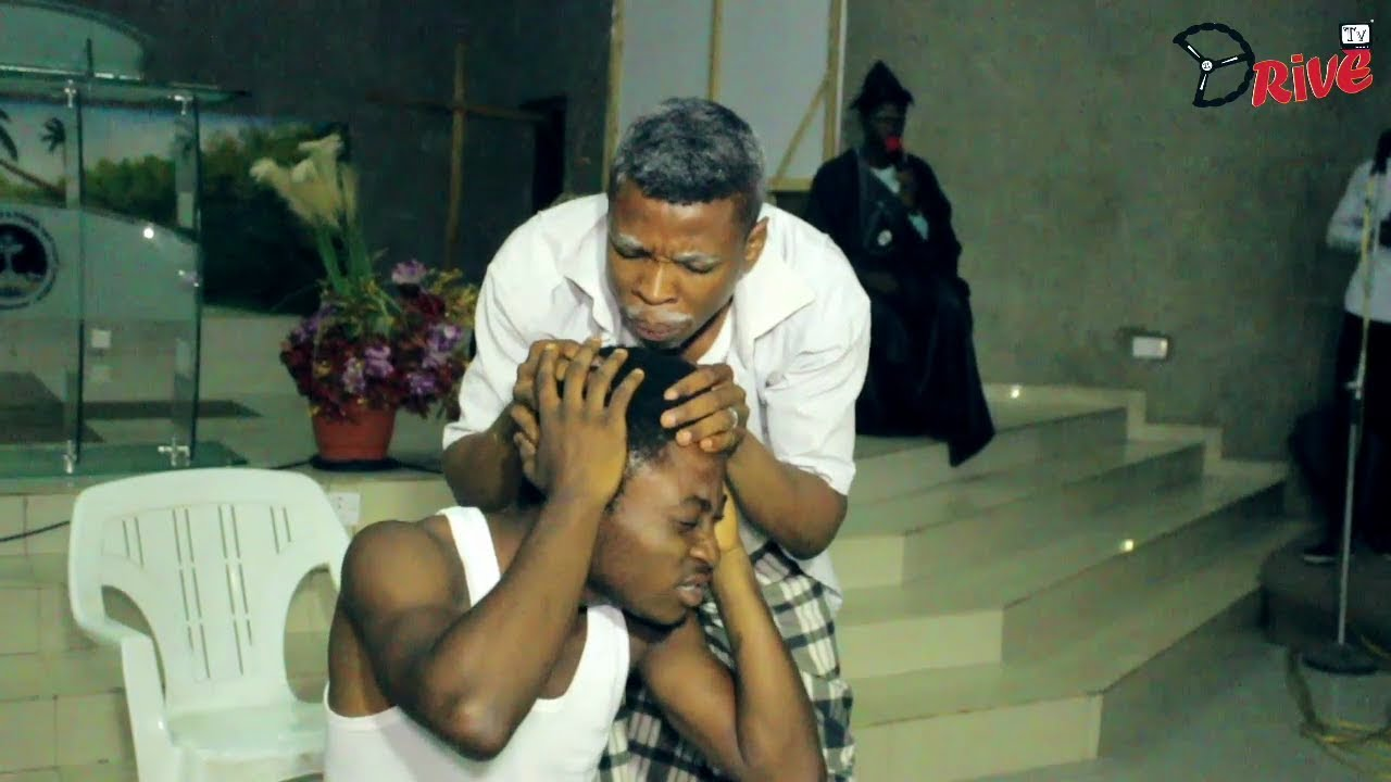 """Download ALFA SULE HILARIOUS STAGE SKIT """"Woli Agba"""" in Action"""