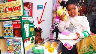 Toys And Fun Sisters Pretend Play Shopping with Fresh Market Grocery Store | Cashier Hiding