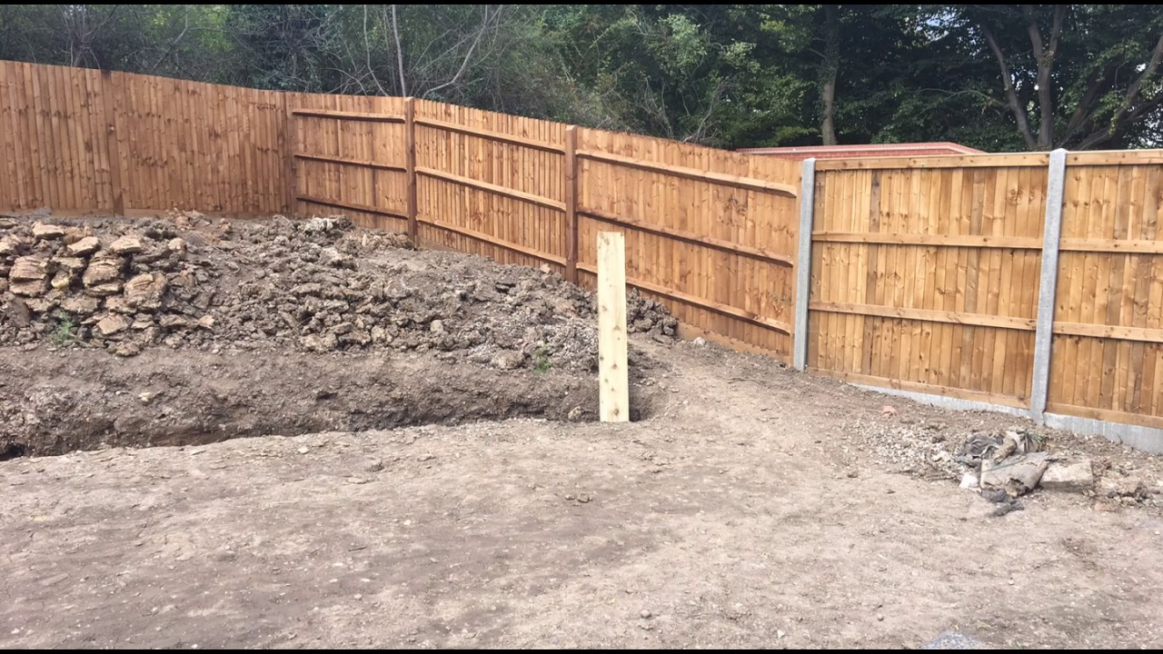 Vertical Sleepers Curved Retaining Wall Amp Drainage Youtube