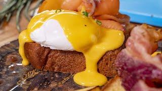 Завтрак Королей. Яйца Бенедикт с голландским соусом.