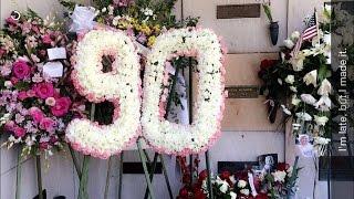 Marilyn Monroe s 90th Birthday Westwood Village Memorial Park Cemetery