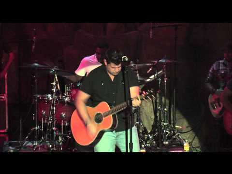 Josh Gracin New Song at Mohegan Sun's Wolf Den
