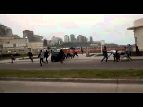 Tremenda batalla campal entre jóvenes a la salida de un boliche de Mar del Plata