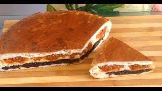 Очень вкусный пирог к чаю с курагой и черносливом.