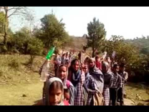 Students of GMS Khargala, SSRR MPS Kurrah and NJMHS Khargala in search of Water.