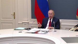 Владимир Путин выступил на Международном экономическом форуме в Давосе.