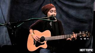 "Hot Sessions: Yuna ""Someone Out Of Town"""