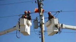 اخبار الآن - عودة الكهرباء تدريجيا إلى محافظات سوريا بعد توقف ناجم عن قصف أنابيب غاز بدمشق
