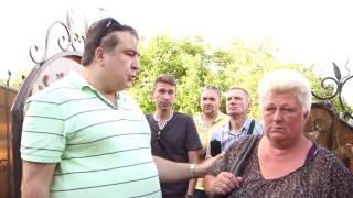 Саакашвили показал последствия урагана в Черкассах и людей, брошенных на произвол судьбы