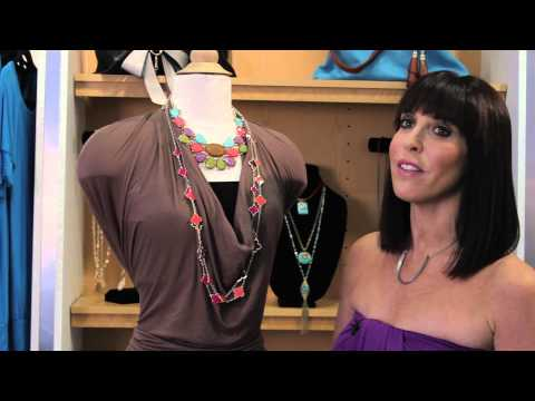 How to Cover the Chest on a V-Neck Dress : Fashion Advice for Everybody