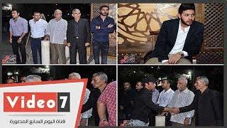 سليمان عيد والأب بطرس دانيال ومحمد شاهين فى عزاء الفنان ماهر عصام